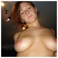 Massage ou dial avec mes jolis seins ?